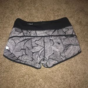 Lululemon Dottie tribe shorts
